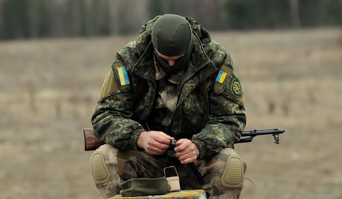Оккупанты на Донбассе обстреляли украинские позиции вблизи трёх населенных пунктов