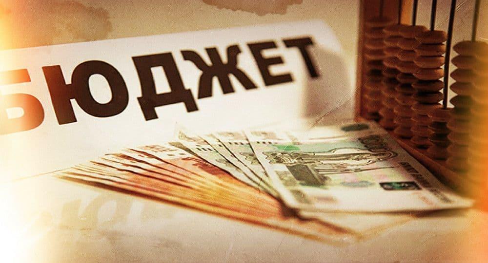 В Киеве в 2021 году увеличили расходы на медиков, педагогов и коммунальщиков
