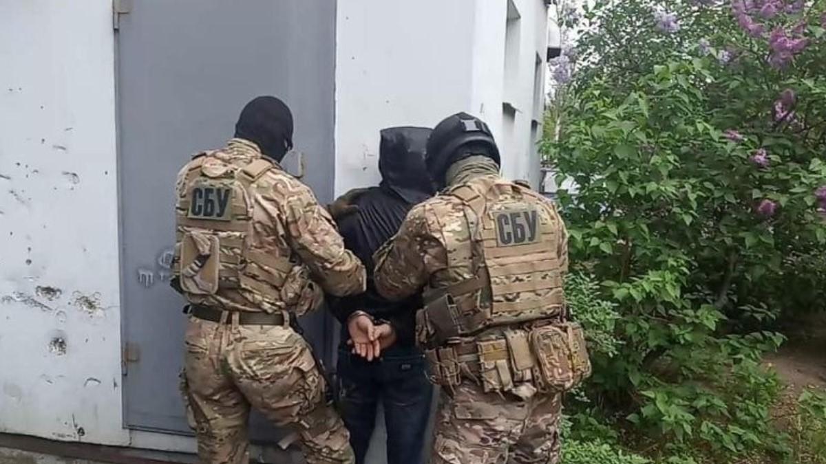 У Житомирській області повідомили про підозру в зраді агентові ФСБ РФ