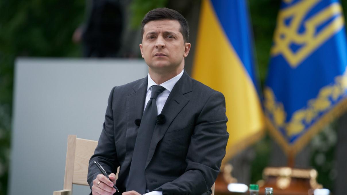 «Украина хочет мира»: Зеленский отреагировал на отвод российских войск от границы Украины