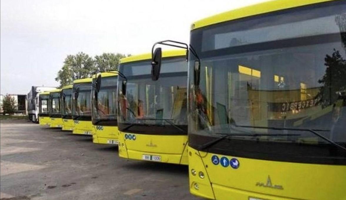 Украина ввела 35 % пошлину на автобусы и грузовики из Беларуси: Садовой обрадовался