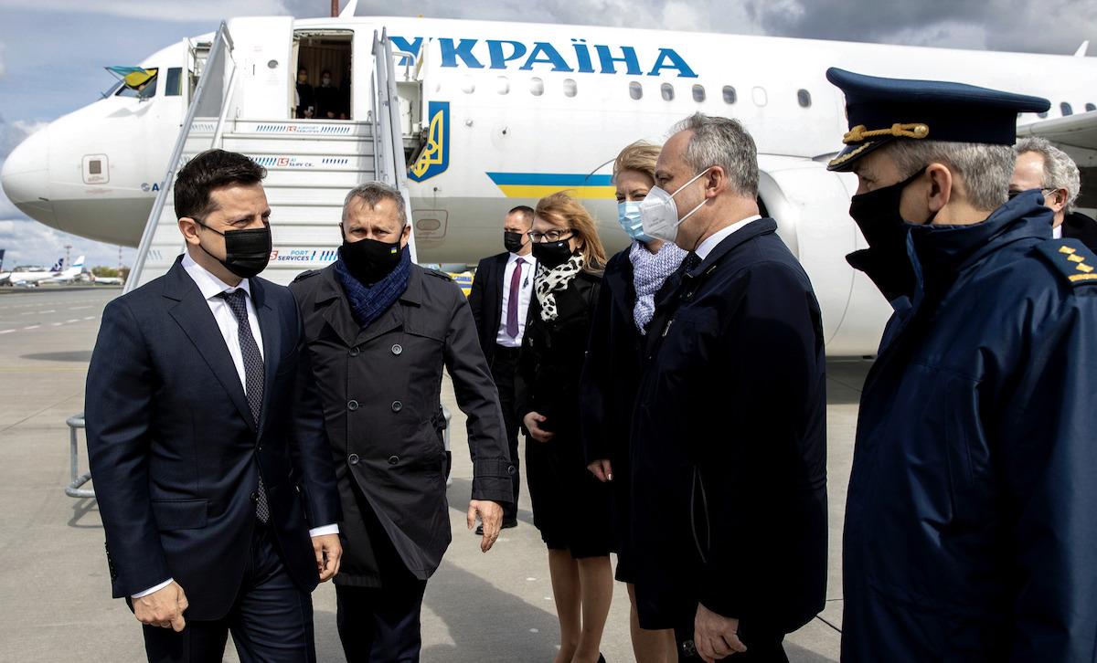 Зеленский прибыл в Польшу с официальным визитом: с кем встретится