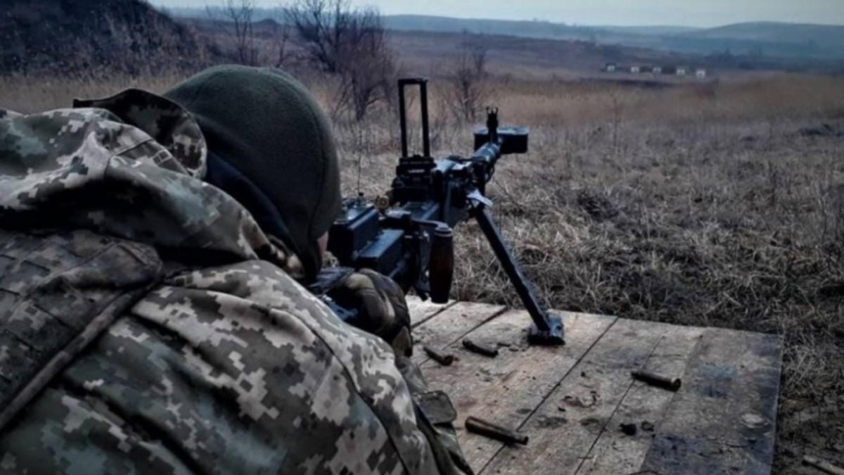 На Донбассе за сутки боевики 10 раз нарушили перемирие, ранен военный