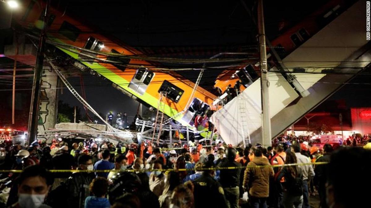 В Мехико обрушился мост метро: есть погибшие и пострадавшие