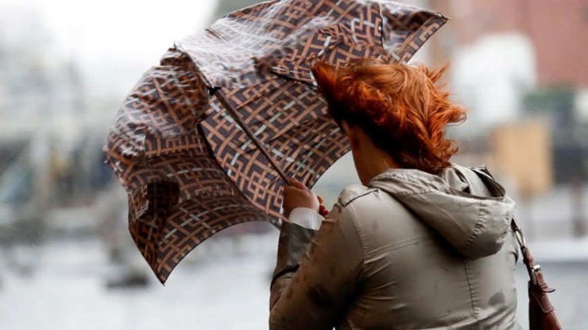 Синоптики попередили про негоду і сильний вітер в Україні
