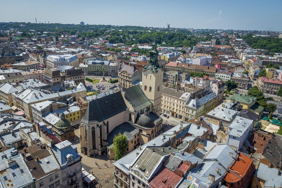 Какие проблемы беспокоят жителей украинских городов-миллионников — результат опроса