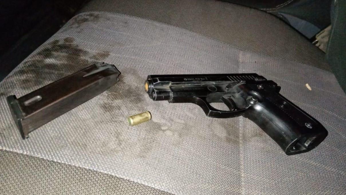 В Закарпатской области мужчина из авто обстрелял детей