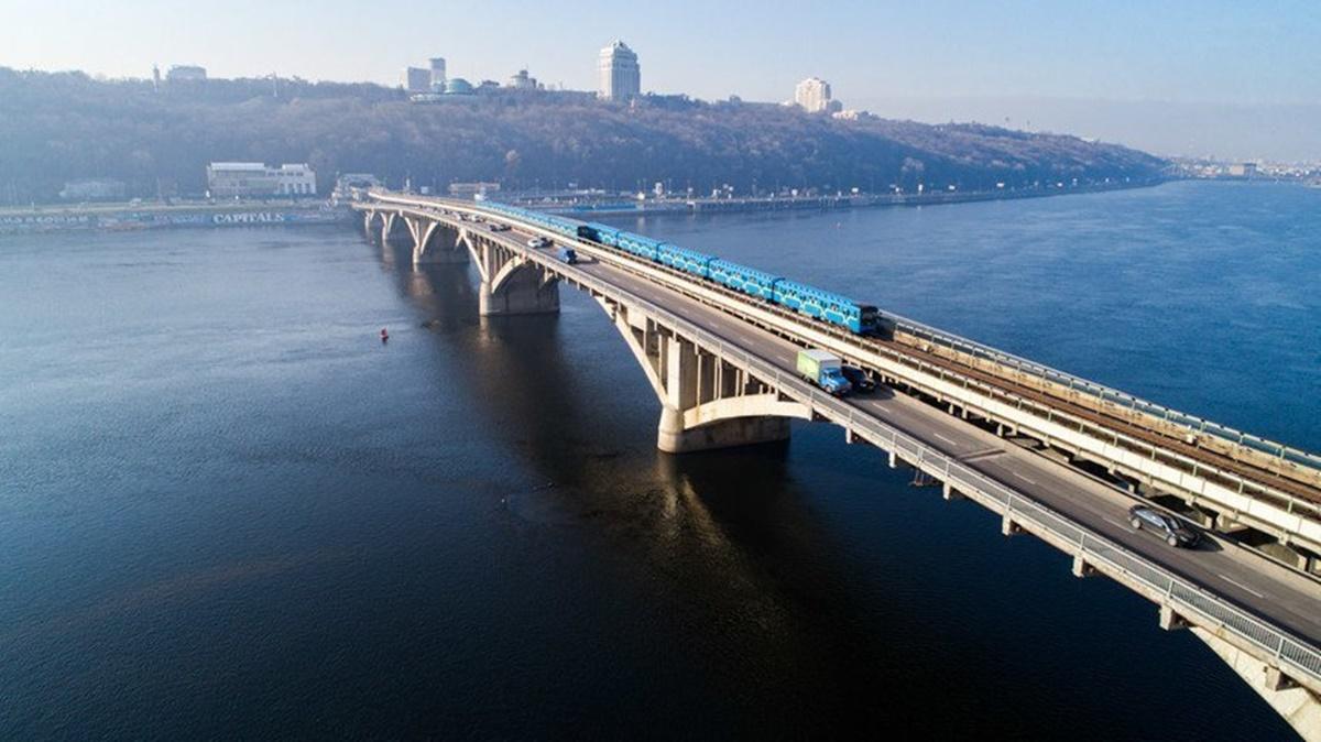 Впервые с 1965 года: в Киеве проведут масштабную реконструкцию моста Метро