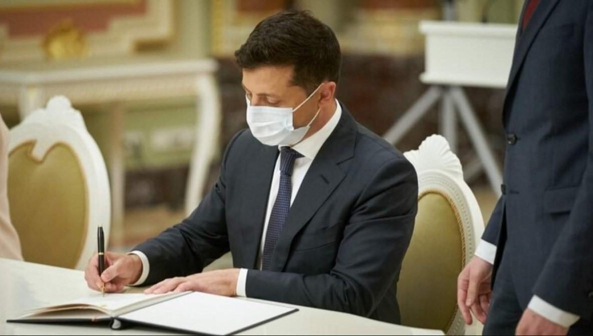 Зеленский уволил посла Украины в Турции