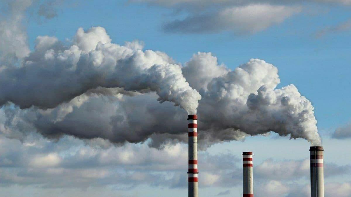 Киев занял 11 место в списке городов с самым грязным воздухом в мире