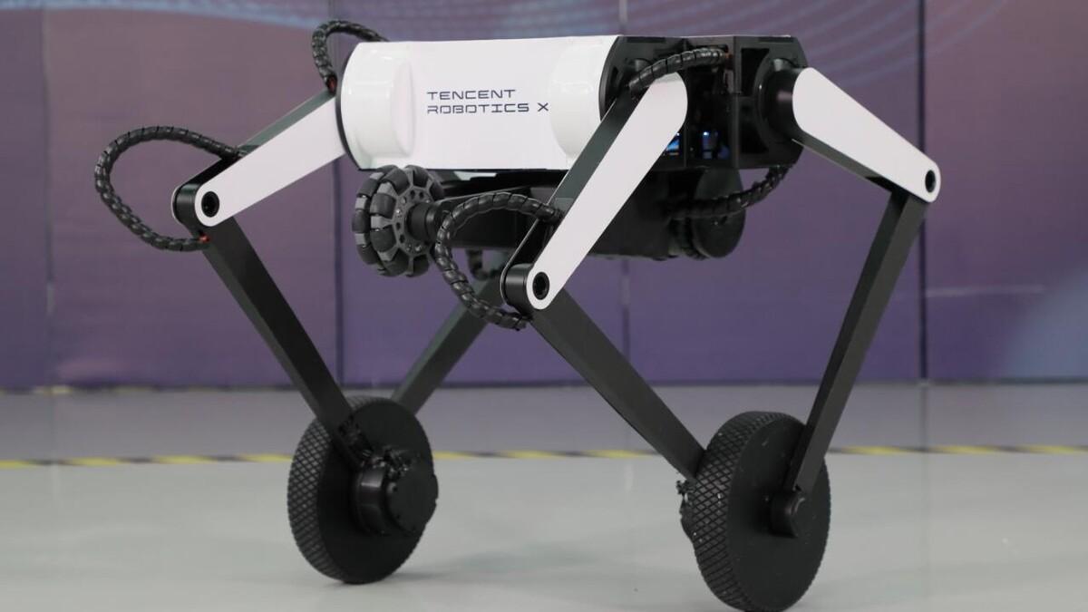 Компания Tencent представила своего нового двухколёсного робота, который умеет делать сальто