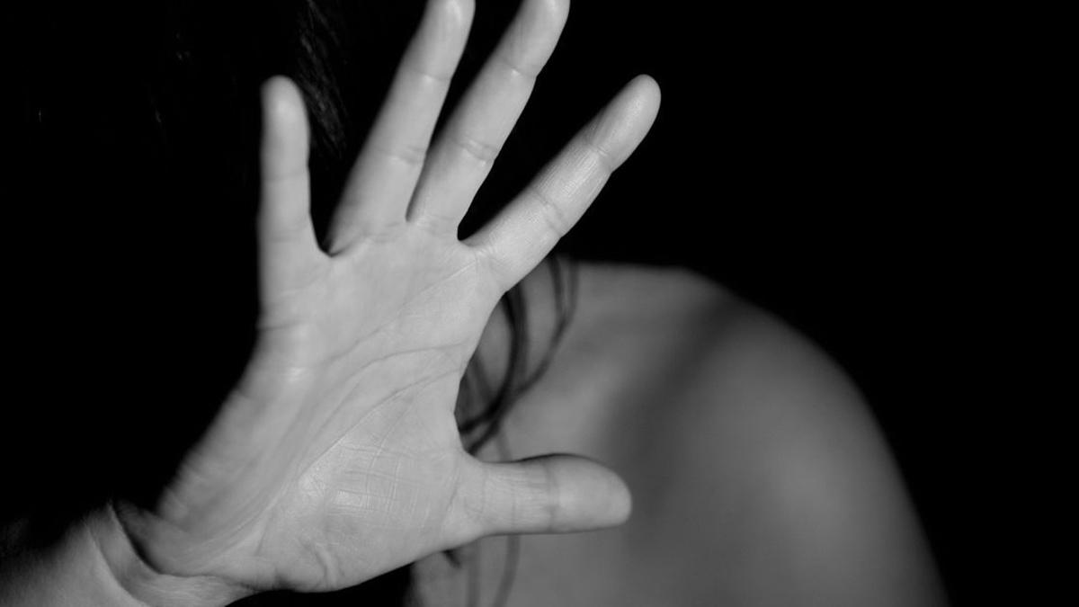 «Если не моя, то ничья»: во Львове суд вынес приговор мужчине, который 17 раз ударил отверткой свою возлюбленную