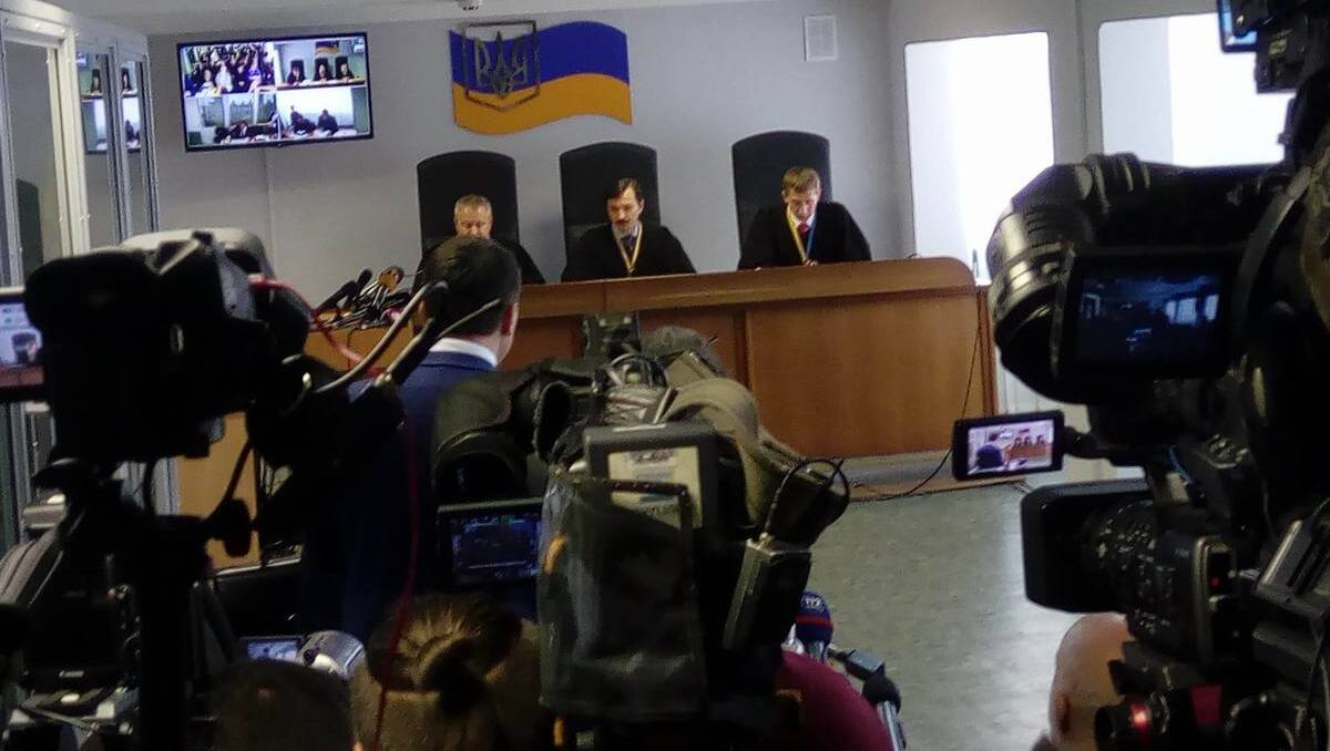 Зеленський підписав закон, який регулює розгляд в судах справ, пов'язаних з розвідкою