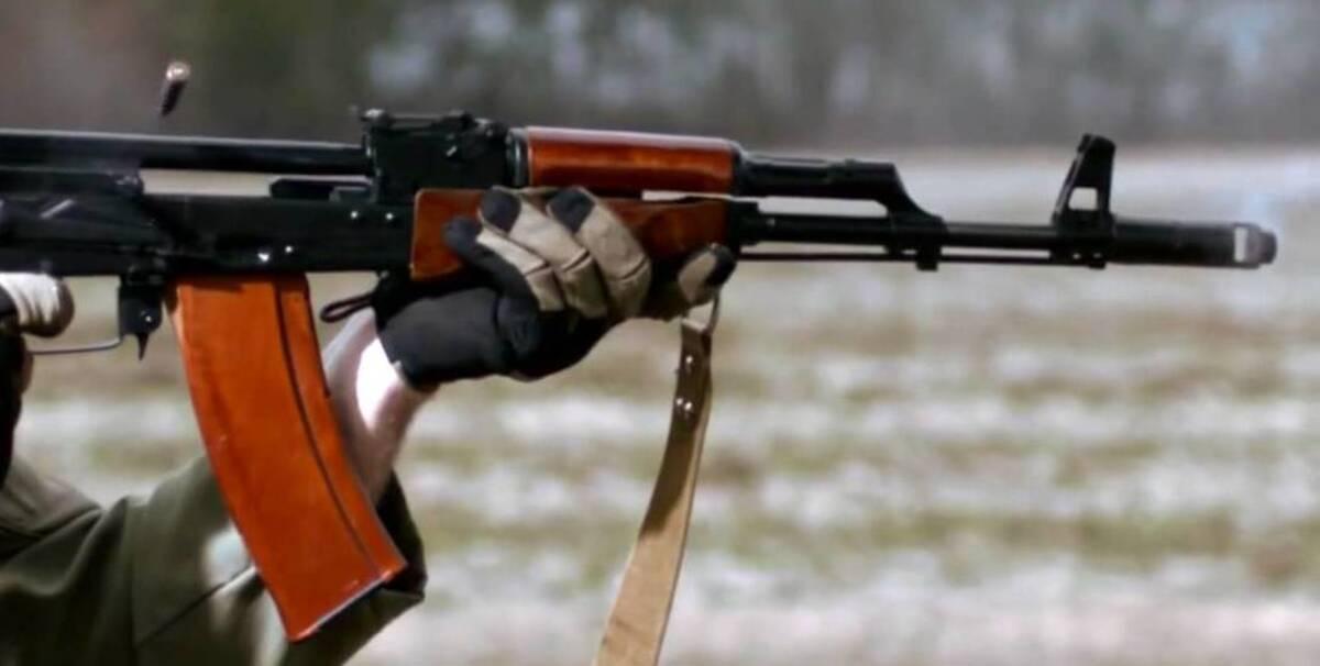 Во время пьяных посиделок боевик застрелил своих сослуживцев и покончил с собой: оккупанты обвиняют ВСУ