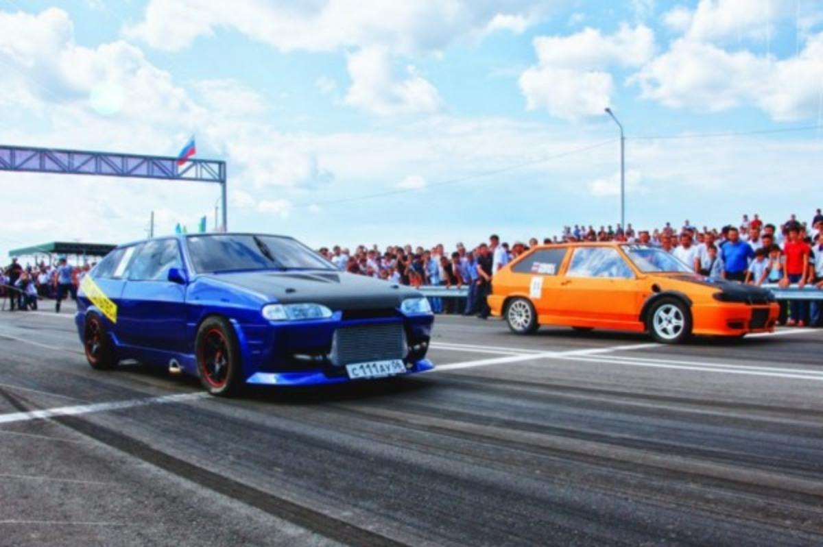 В Украине впервые проведут автогонки Drag Racing на самой современной бетонной дороге страны