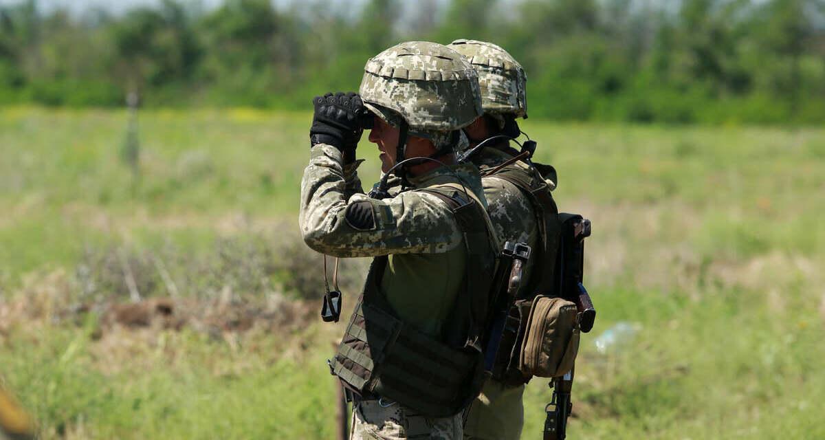 Боевики в ООС трижды обстреляли украинские позиции и пересекли границу на беспилотнике