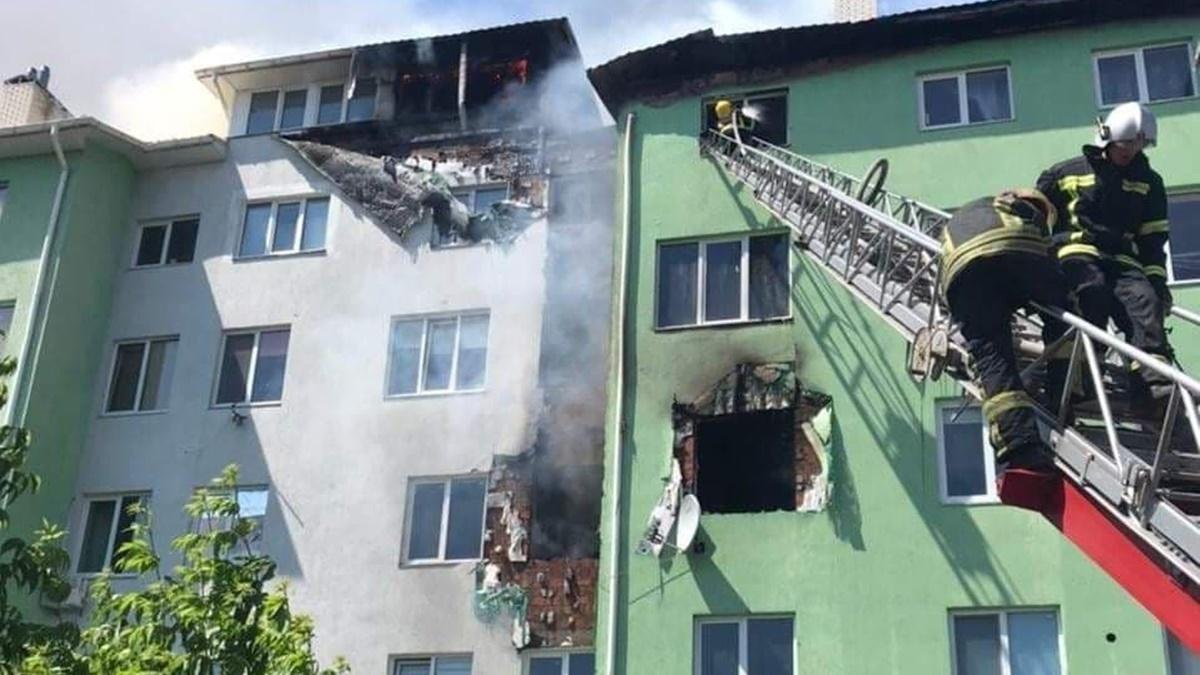 В Киевской области в квартире жилого дома произошёл взрыв: есть пострадавшие