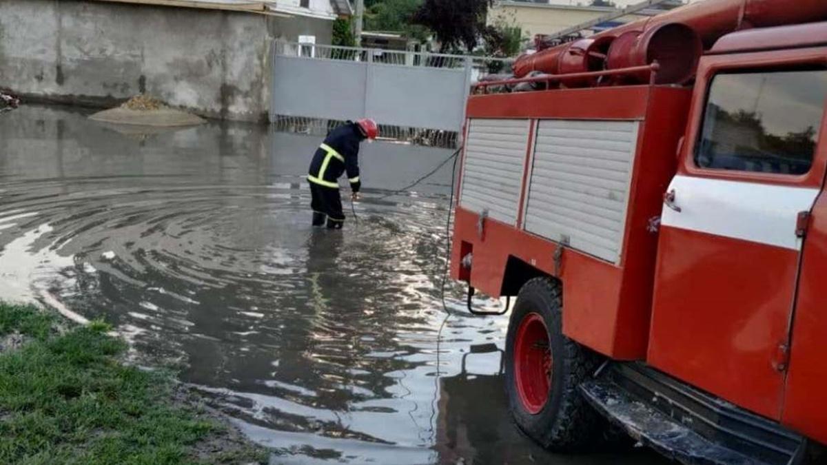 В Одесской области из-за сильных ливней возникла угроза прорыва дамбы