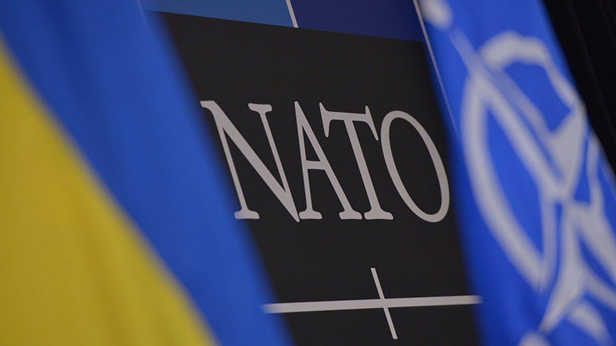 Байден поддерживает вступление Украины в НАТО, но это зависит не только от США — Зеленский