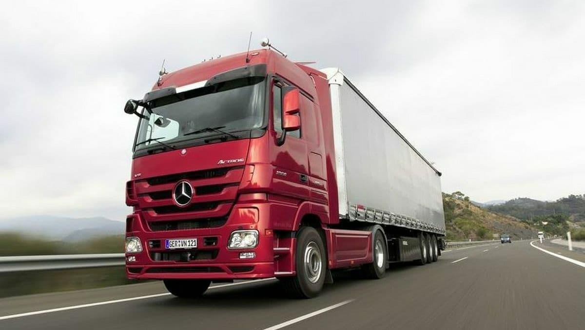 В Киеве ограничили движение грузовиков из-за жары