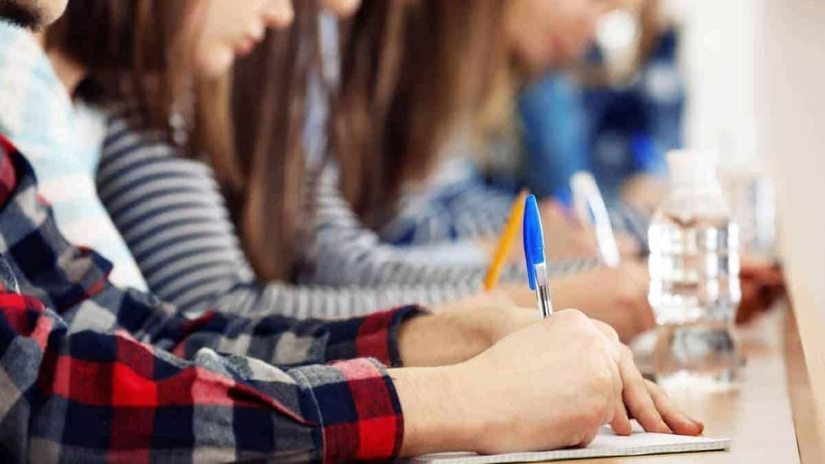 Украина одобрила соглашение с Венгрией о взаимном признании дипломов