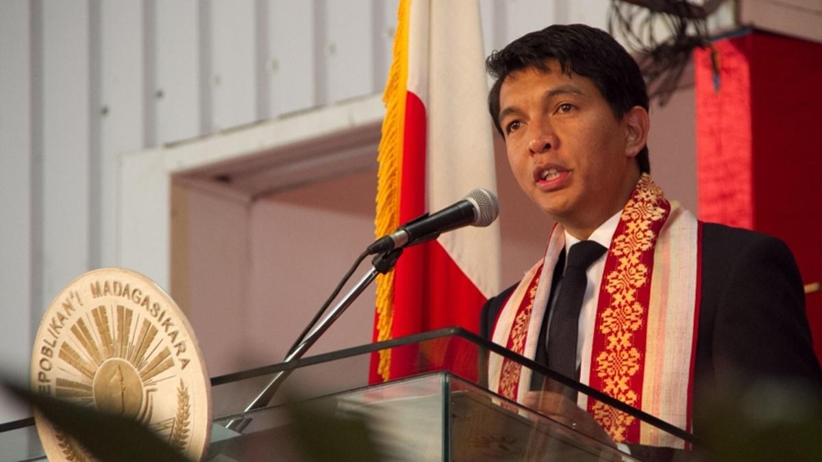 На президента Мадагаскара Радзуэлина совершено покушение