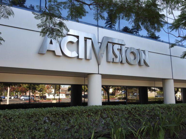 Калифорния подала иск на Activision Blizzard из-за условий труда женщин и сексуальных домогательств