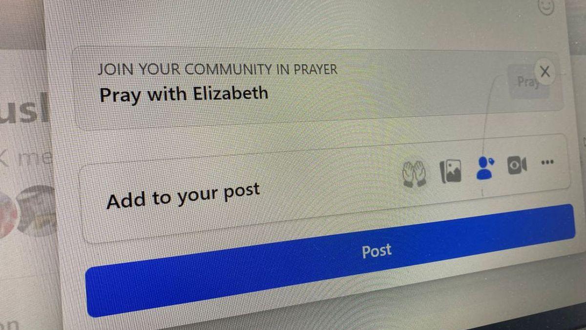 В Facebook появились молитвы