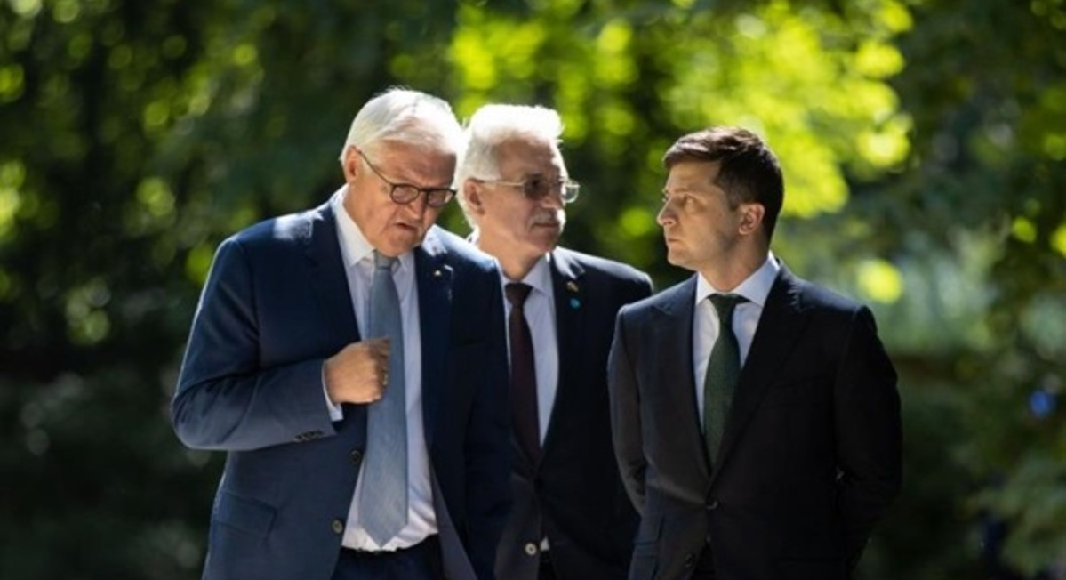"""Германия призвала Украину ввести """"формулу Штайнмайера"""" в законодательство и разрешить проводить местные выборы в ОРДЛО"""