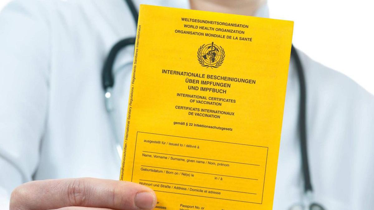 Жовтого паперу не потрібно: як отримати міжнародне свідоцтво про вакцинацію в Україні