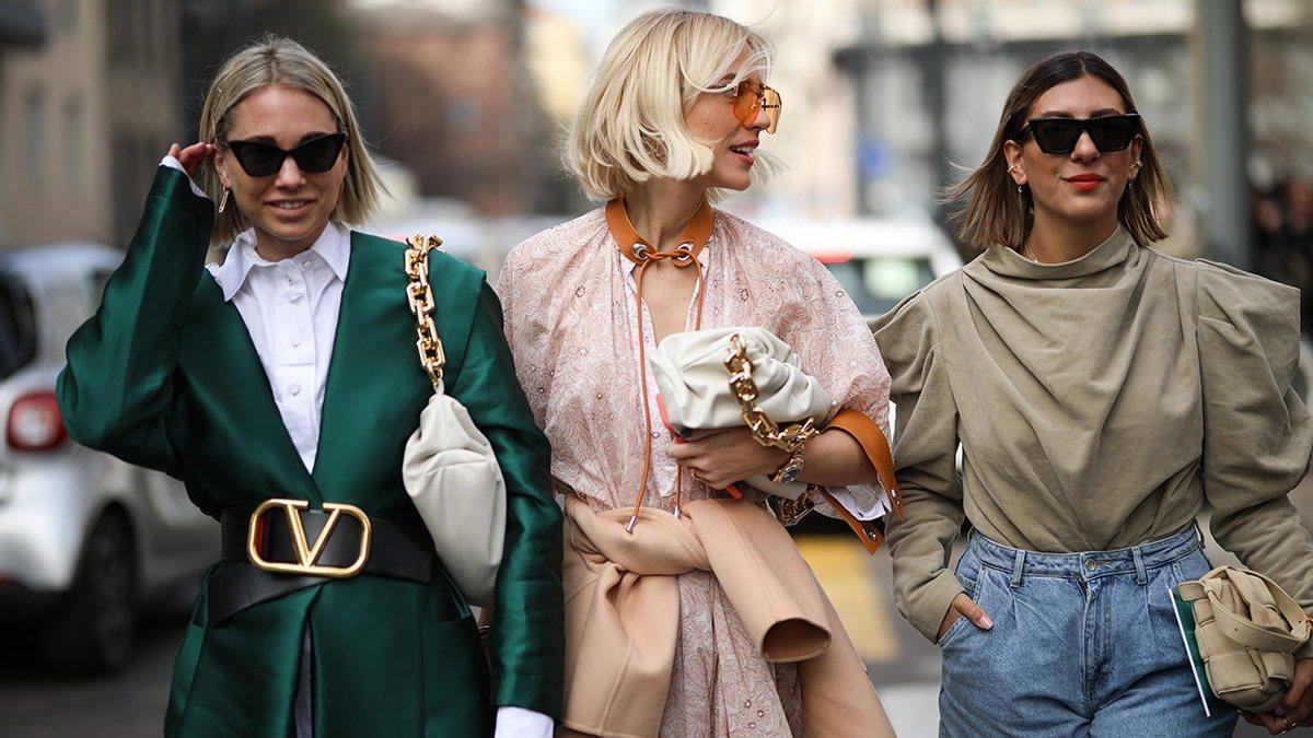 Что будет модно осенью-зимой 2021/2022: главные тренды в верхней одежде, обуви, цветах и аксессуарах