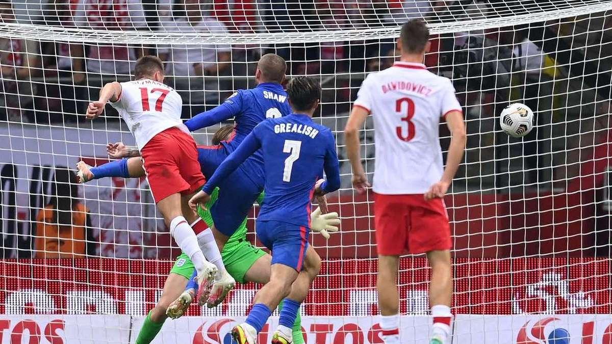 Польша спаслась в матче с Англией, Греция обыграла Швецию, Италия разгромила Литву
