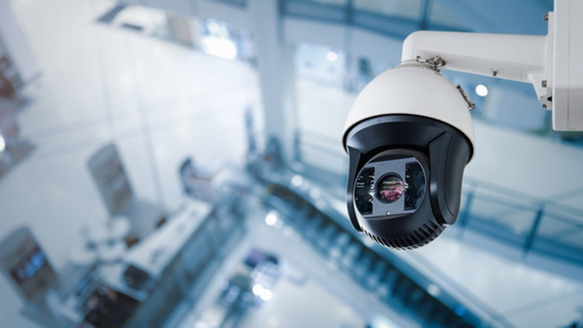 В торговых центрах Украины установят специальные камеры для контроля за соблюдением карантина