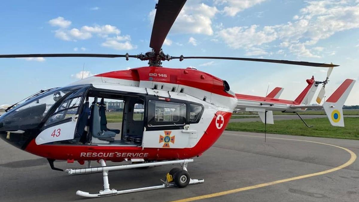 В каждой областной больнице Украины построят вертолётные площадки