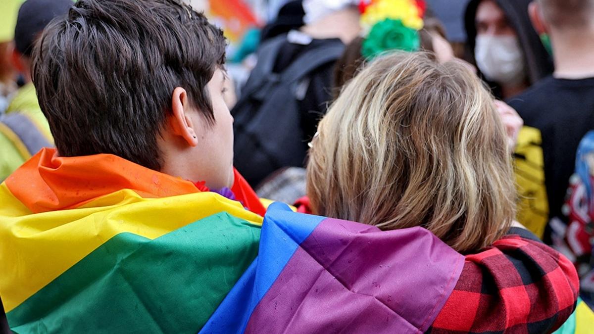 В Европарламенте заявили, что однополые браки и партнёрства должны быть признаны во всем ЕС