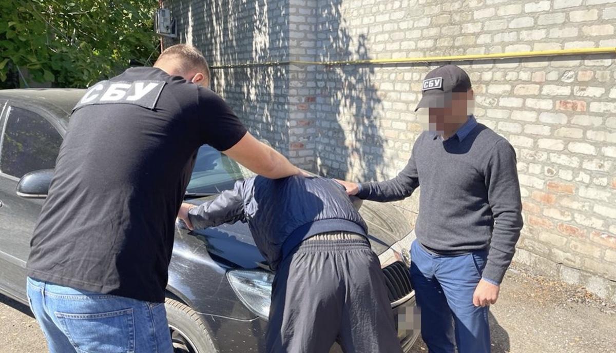Скрывался в РФ 7 лет: СБУ задержала организатора «референдума» в Луганской области