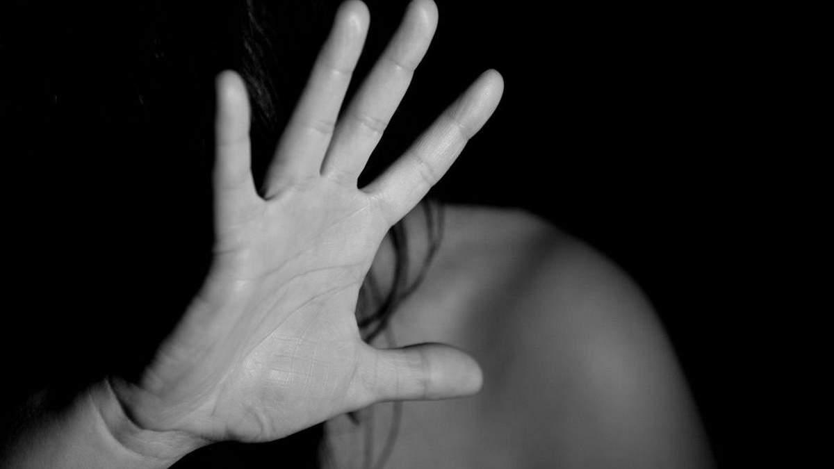 У Закарпатській області троє підлітків зґвалтували 14-річну дівчинку