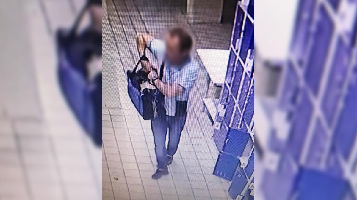 Ховав у шафці супермаркету: в Одесі чоловік хотів продати гранати