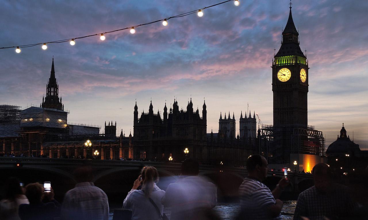 Великобритания планирует упростить ковидные правила для туристов