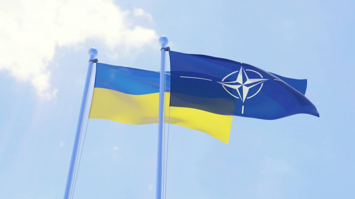 Зеленский утвердил оборонный бюллетень Украины: что это значит