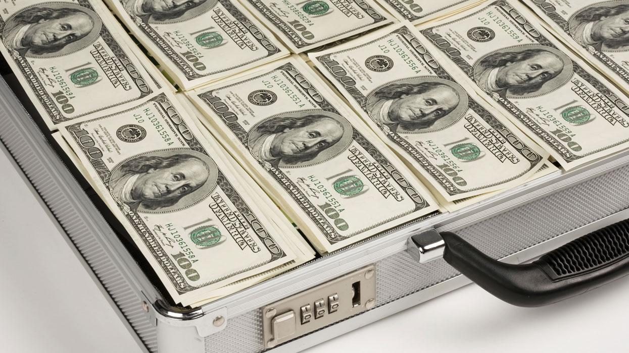 В законопроект об олигархах внесли правки: что изменилось