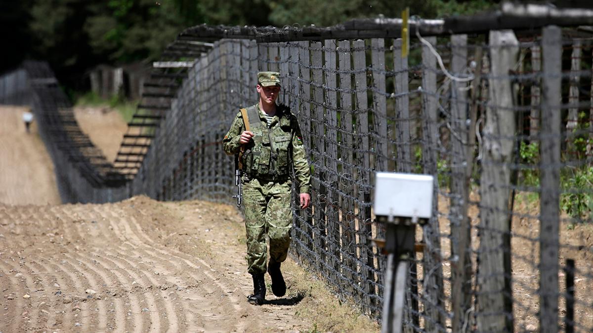 Польща направить 500 військових і спецтехніку на кордон з Білоруссю
