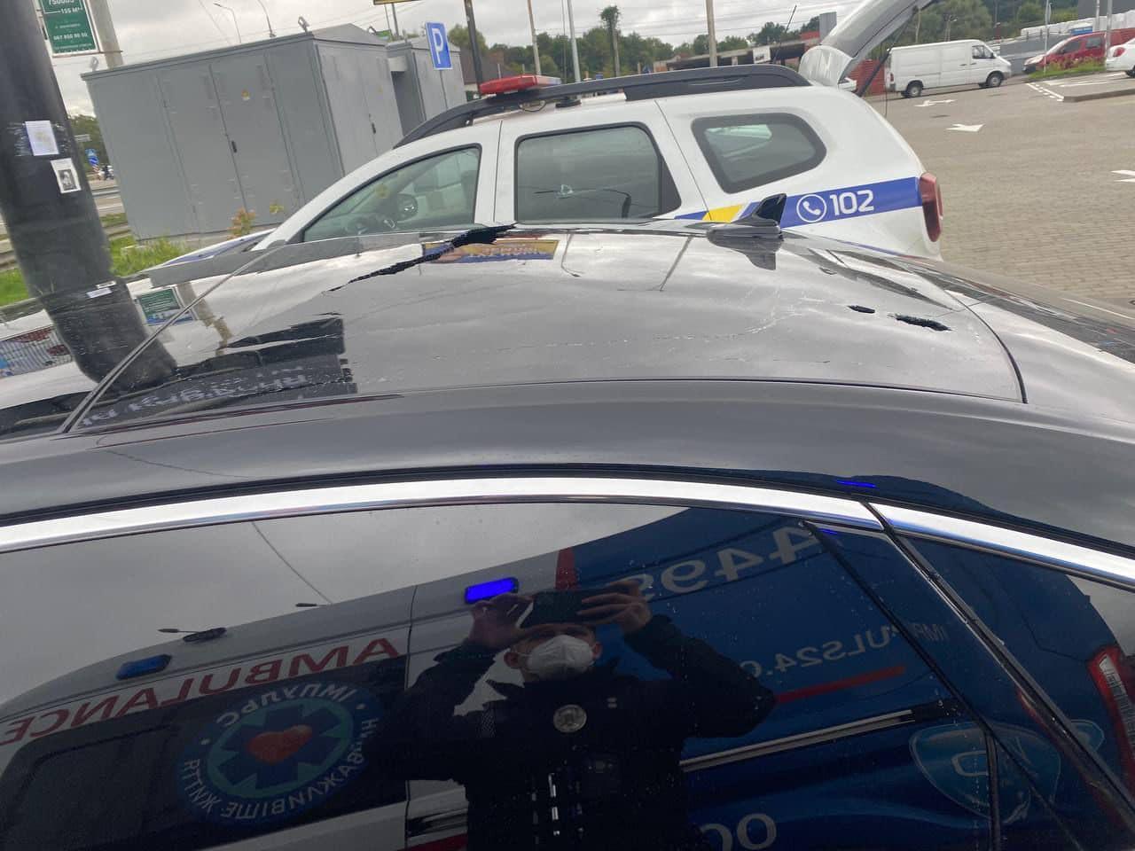 Выпустили 10 пуль, ранен водитель: подробности обстрела автомобиля Сергея Шефира 5
