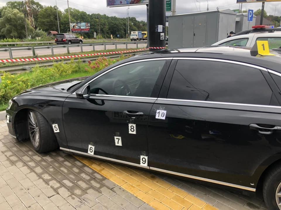 Выпустили 10 пуль, ранен водитель: подробности обстрела автомобиля Сергея Шефира 7