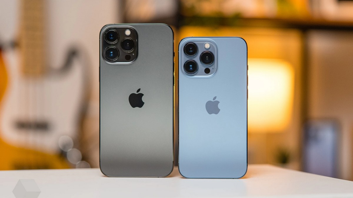 Появились официальные цены на iPhone 13 в Украине
