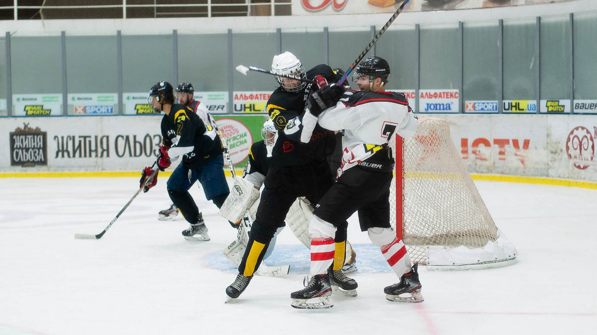 «Мариуполь» разбил «Белый Барс» в матче восьмого тура Украинской хоккейной лиги