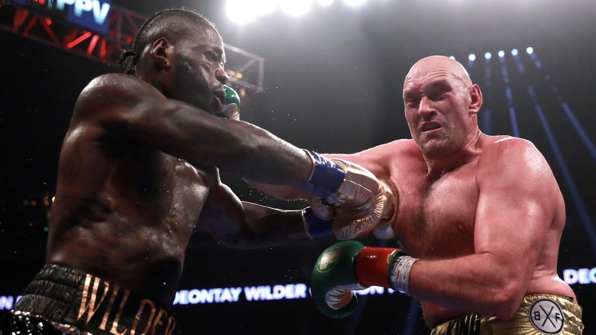 Фьюри нокаутировал Уайлдера в бою за титул: он может стать соперником Усика