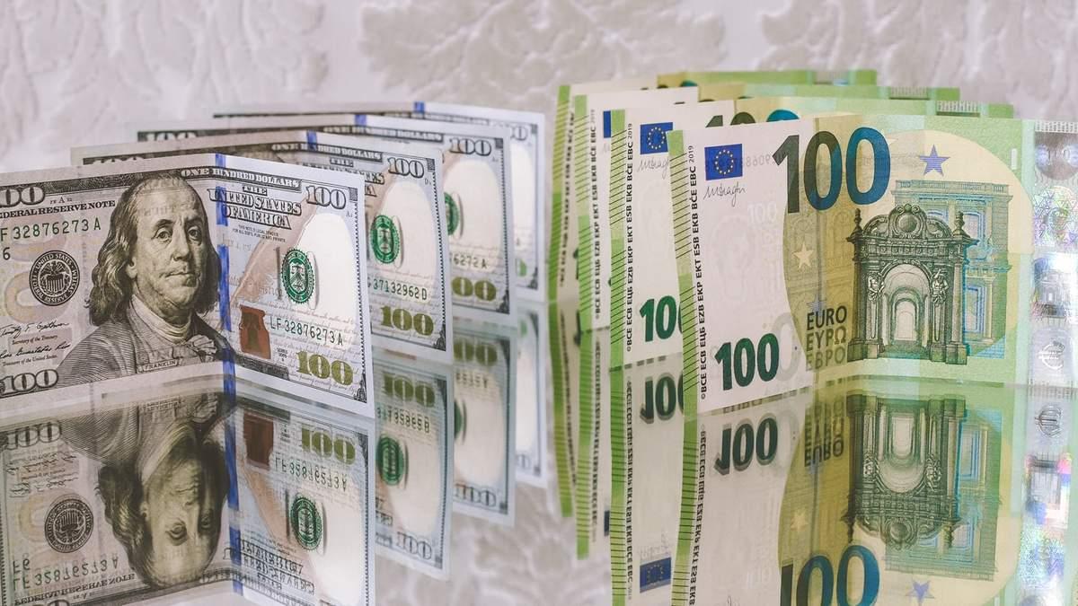 Курс валют на 12 октября в Украине: доллар и евро подорожали
