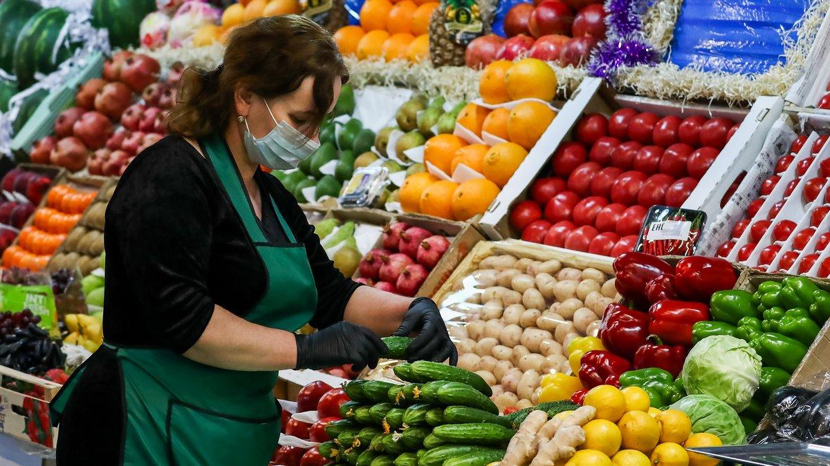 В Украине к концу года вырастут цены на помидоры и огурцы: в чём причина