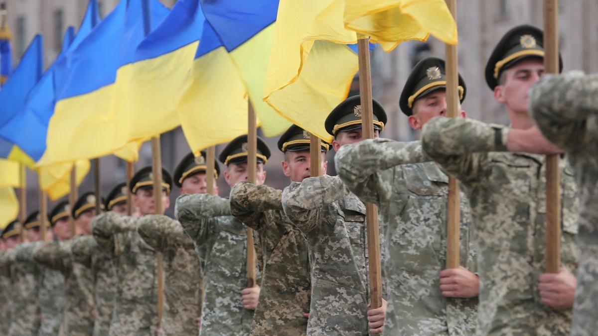 Марш ко Дню защитников и защитниц: в Киеве перекроют движение